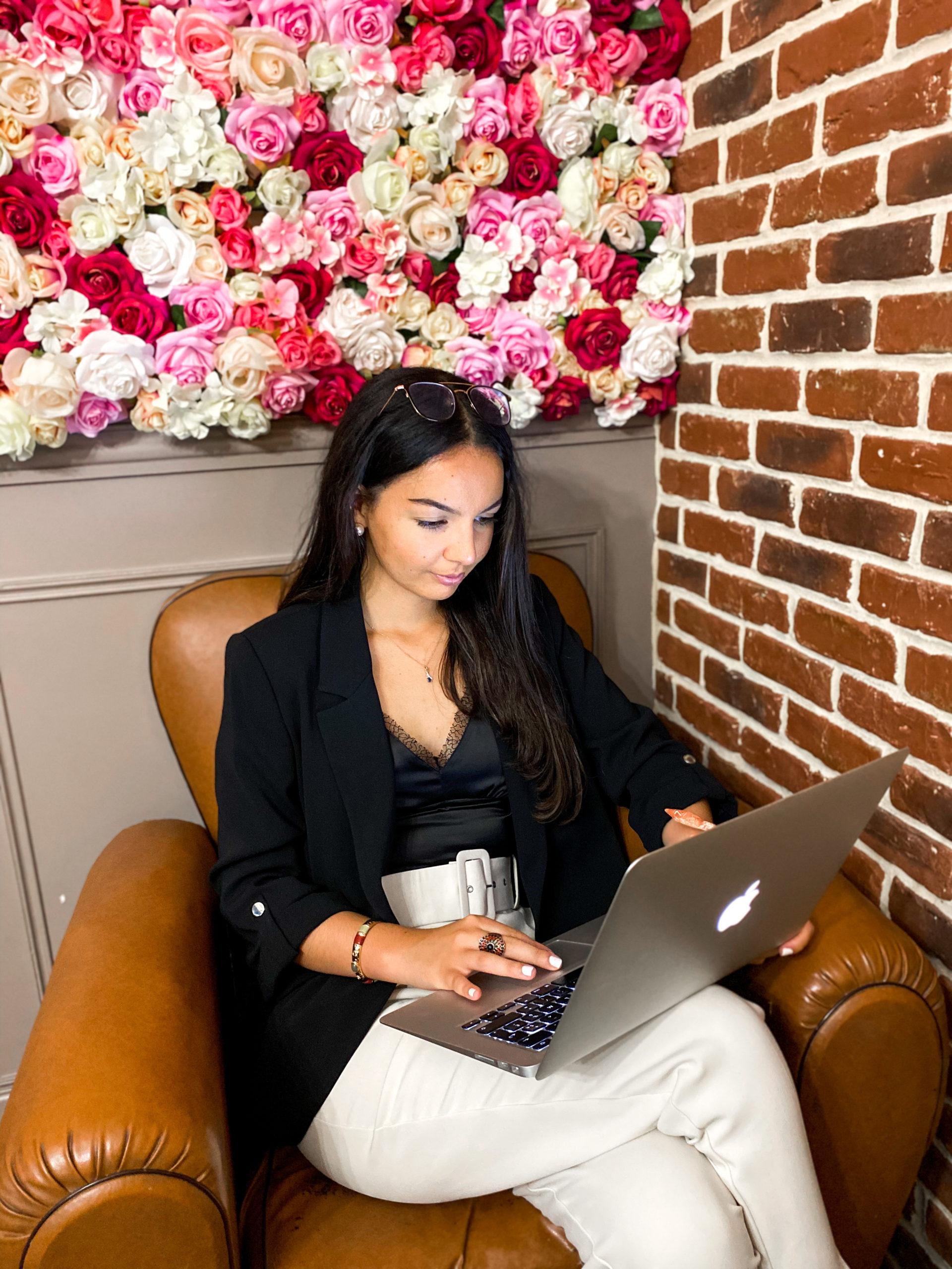 marketing digitale agence digitale communication réseaux sociaux SEO consulting